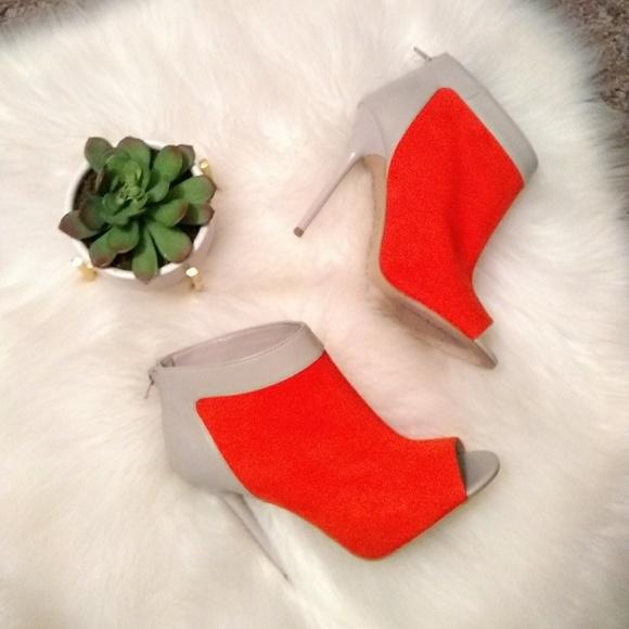 Signature Shoes - Signature heels sz 8